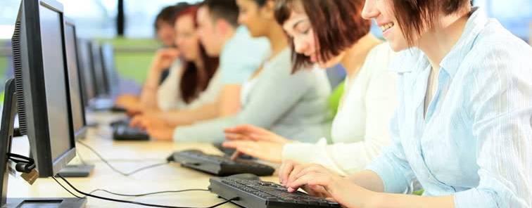 Revisa tus datos en la Bolsa de Empleo de Auxiliar Administrativo de la Junta de Castilla y León
